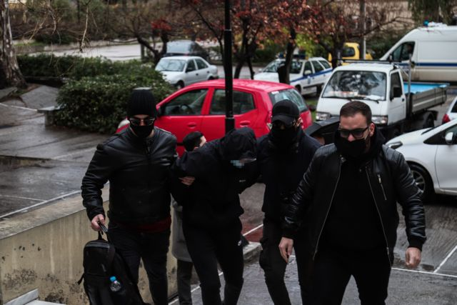 Επίθεση στο Μετρό : Στον εισαγγελέα οι δύο ανήλικοι και ο ειδικός φρουρός   to10.gr