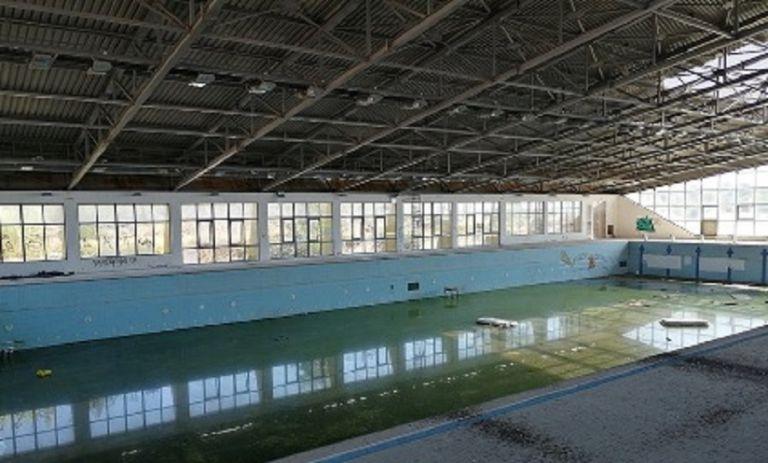Λ. Αυγενάκης : «Παραχωρήστε μας το κλειστό Κολυμβητήριο Χανίων να το ανακαινίσουμε για να λειτουργήσει» | to10.gr
