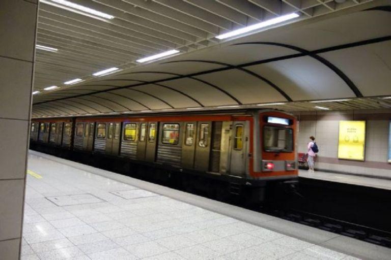 Μετρό : Αρνητές μάσκας ξυλοκόπησαν άγρια εργαζόμενο   to10.gr