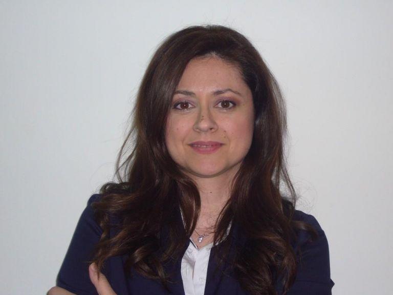 Δημαδάμα : «Με παρενόχλησε κομματικό στέλεχος μέσα σε ασανσέρ» | to10.gr
