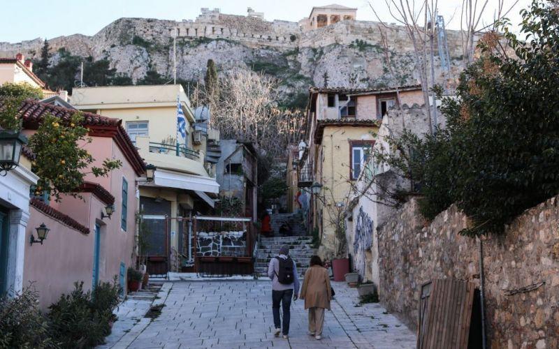 Κορωνοϊός : Πού εντοπίζονται τα 1.400 νέα κρούσματα – Σε ποιες περιοχές χτυπά συναγερμός