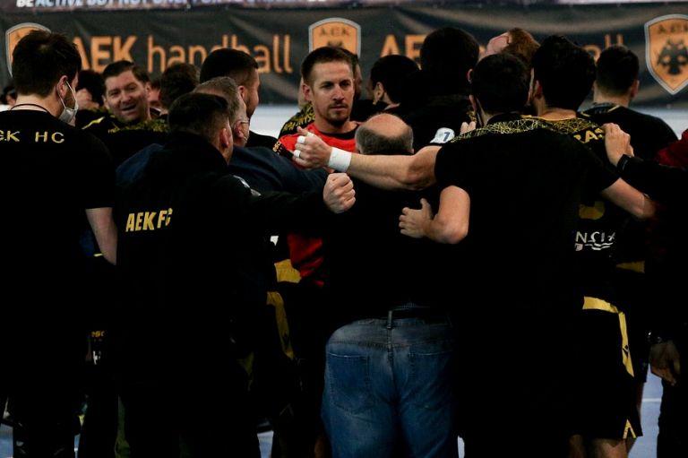 Οι πιθανοί αντίπαλοι της ΑΕΚ στα προημιτελικά του EHF European Cup   to10.gr