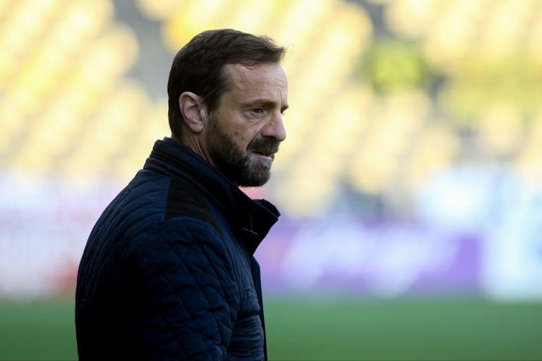 Μάντζιος : «Σημαντική νίκη που μας έφερε στην δεύτερη θέση» | to10.gr
