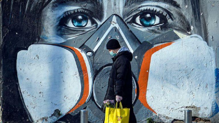 Καπραβέλος : Από το Πάσχα «αλλάζουν οι όροι» για την πανδημία | to10.gr