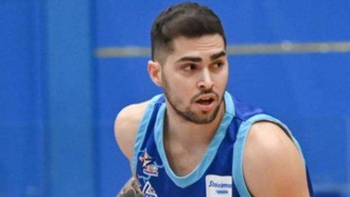 Τολιόπουλος : «Τιμή η Eθνική, είδωλό μου ο Σπανούλης» | to10.gr