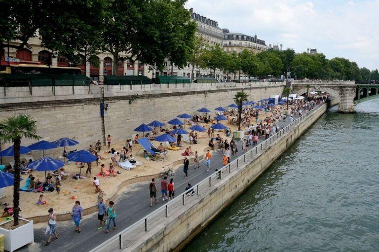Παρίσι : Γιατί οι Αρχές εκκένωσαν τις όχθες του Σηκουάνα | to10.gr