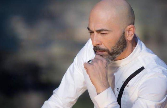 Βαλάντης : Πένθος για τον τραγουδιστή – Ο θάνατος που τον συγκλόνισε | to10.gr