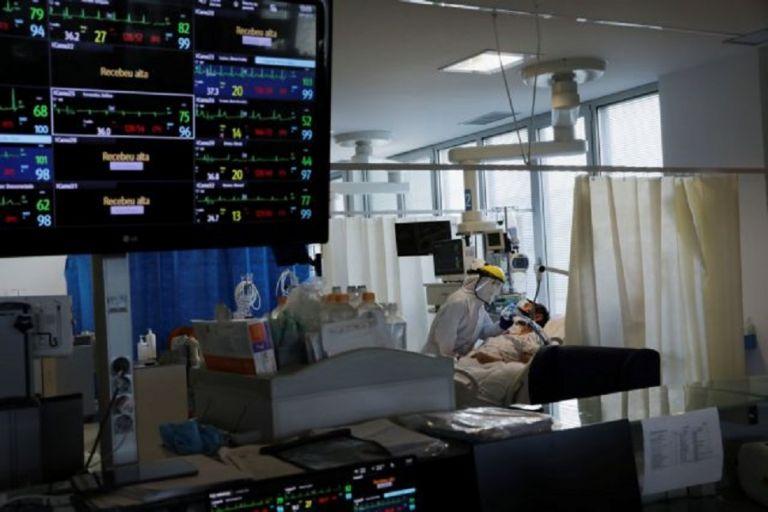 Κορωνοϊός : «Γονατίζουν» τα νοσοκομεία – Στα όριά τους οι υγειονομικοί | to10.gr