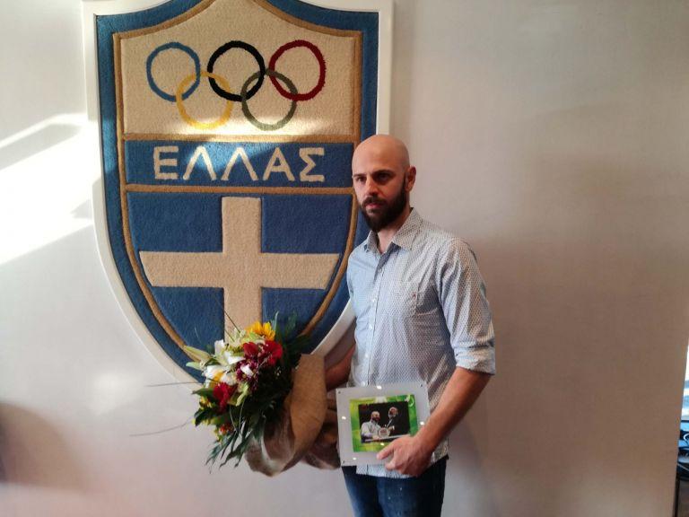 Ο θρυλικός πρώην αρχηγός της εθνικής ομάδας Κώστας Παπαγεωργίου ανακοίνωσε την υποψηφιότητά του για την προεδρία της Ε.Φ.Ο.Επ.Α.   to10.gr