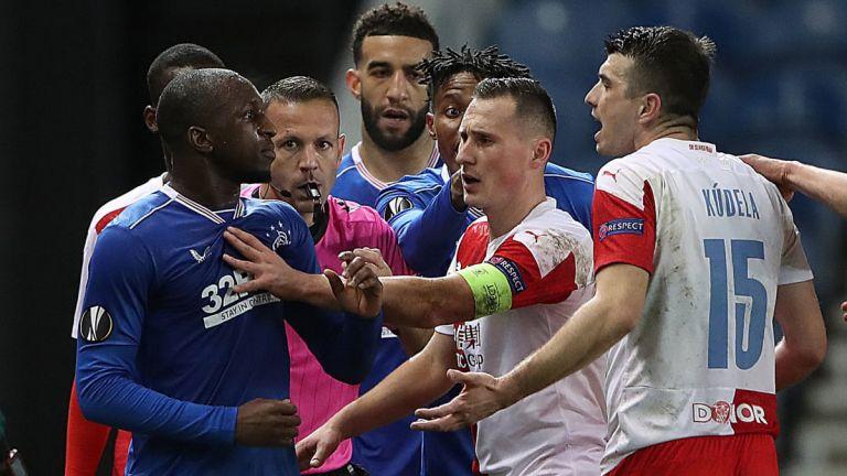UEFA : Δέκα αγωνιστικές στον Κούντελα για ρατσιστική επίθεση | to10.gr