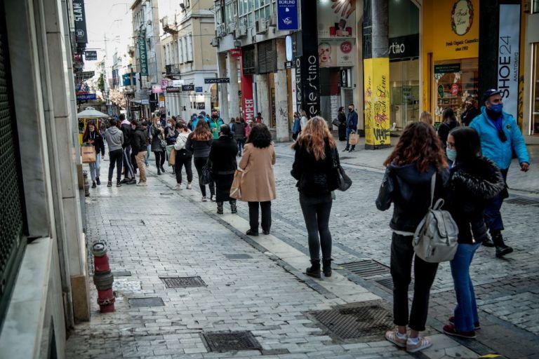 Τα πάνω – κάτω στο λιανεμπόριο : Ψώνια με πρωτοφανείς περιορισμούς – Ανά χείρας ρολόγια και GPS | to10.gr
