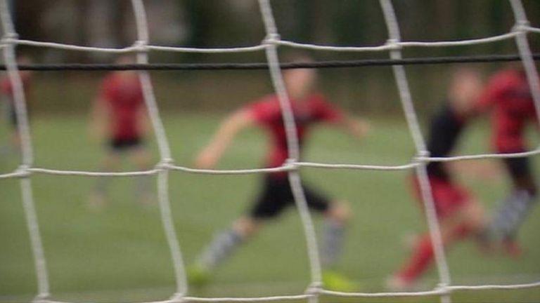 Σκωτία : Προπονητής ποδοσφαίρου παρενοχλούσε παιδιά επί 35 χρόνια | to10.gr