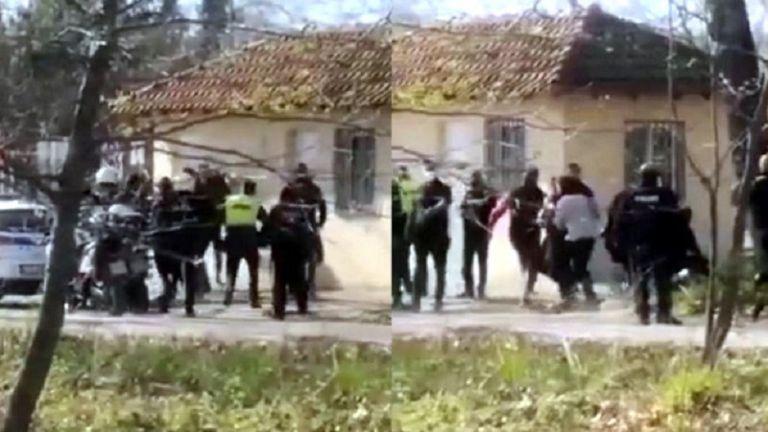 Κατερίνη : Σάλος με τους αστυνομικούς που έδειραν πατέρα και γιο – Έρευνα της ΕΛΑΣ για το περιστατικό (vid) | to10.gr
