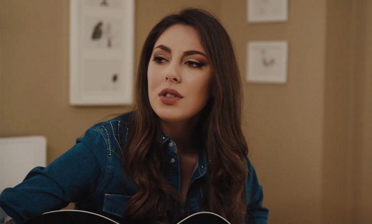 Η Ματίνα Ζάρα κυκλοφόρησε βίντεο κλιπ με πρωταγωνιστή τον Λάμπρο Χούτο | to10.gr