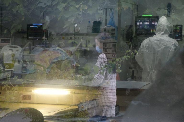 Κορωνοϊός : 4.033 νέα κρούσματα και 93 θάνατοι – Στους 802 οι διασωληνωμένοι | to10.gr