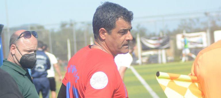 Απίστευτο: Ο 49χρονος Γιώργος Φιλιάς έγινε ο γηραιότερος ποδοσφαιριστής στη Γ' Εθνική!   to10.gr