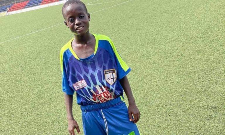 «Είναι υπεράνθρωπος»: Ένας 11χρονος στη Λιβερία παίζει σε αντρική ομάδα (vid) | to10.gr