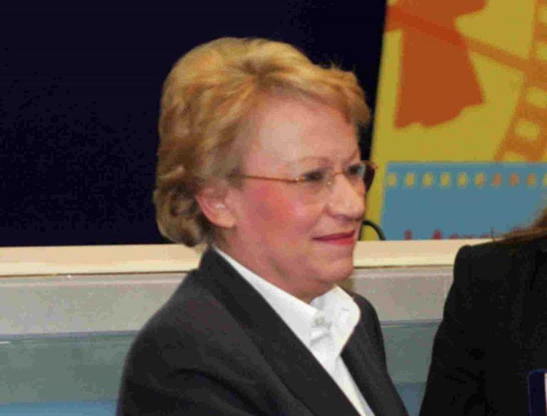 Θλίψη : Πέθανε γνωστή Ελληνίδα δημοσιογράφος, μόλις στα 64 χρόνια της | to10.gr