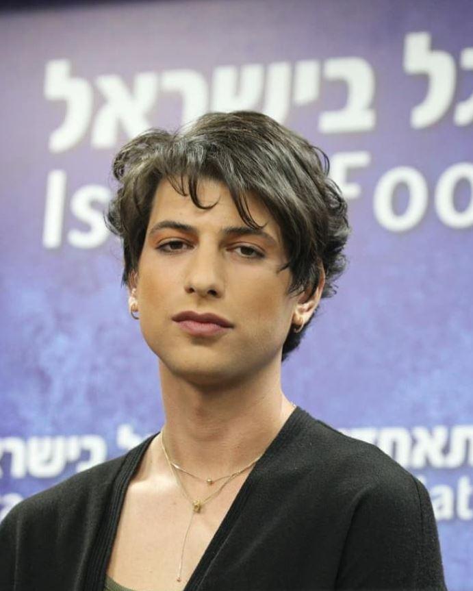 Σαπίρ Μπέρμαν: Γράφει ιστορία ως η πρώτη transgender διαιτητής στο Ισραήλ | to10.gr