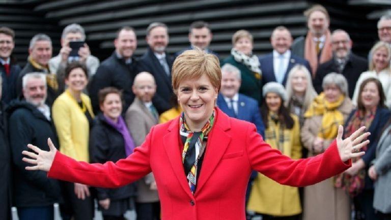 Αισιόδοξη για παρουσία θεατών στο EURO η πρωθυπουργός της Σκωτίας | to10.gr