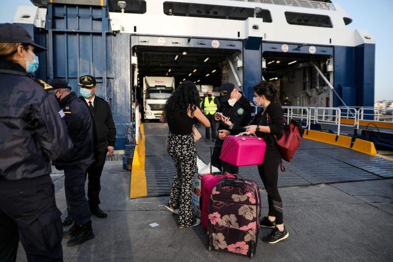 Διαπεριφερειακές μετακινήσεις: Έτσι θα ταξιδεύουμε από 14 Μαΐου σε νησιά και ενδοχώρα | to10.gr