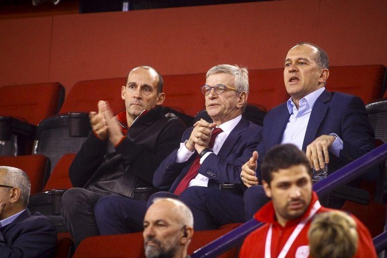 Η ΚΑΕ Ολυμπιακός πήρε θέση στην «κερκίδα» (pic) | to10.gr