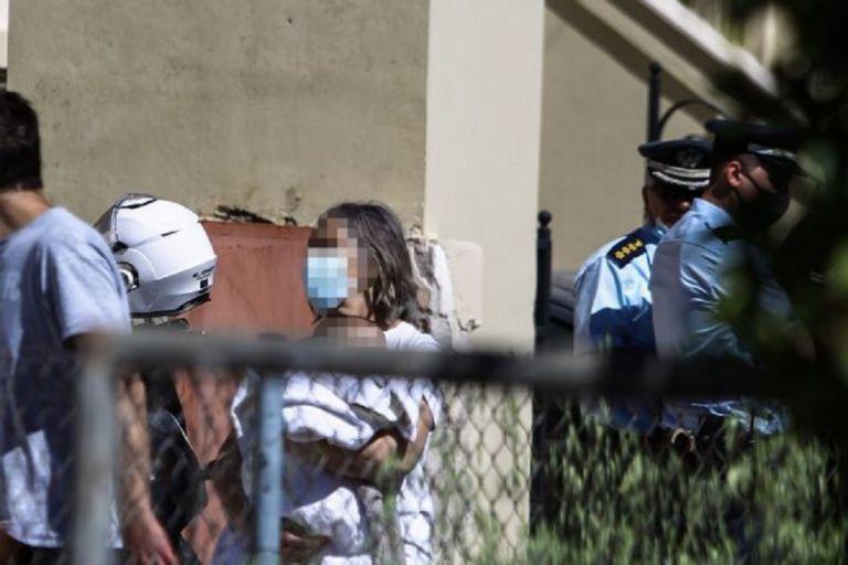 Γλυκά Νερά: Οι στυγνοί δράστες απείλησαν με όπλο το μωρό – Η αντίδραση της 20χρονης της στοίχισε τη ζωή   to10.gr