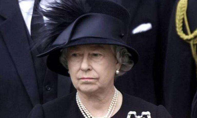 Βασίλισσα Ελισάβετ: Η μεγάλη αλλαγή στα social media μετά τον θάνατο του πρίγκιπα Φίλιππου (pics) | to10.gr