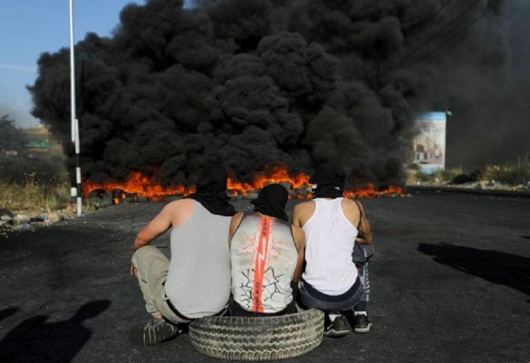 Ο Νετανιάχου δικαιολογεί τον βομβαρδισμό κτιρίου που στέγαζε ΜΜΕ στη Γάζα | to10.gr