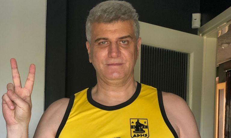 Ο ηθοποιός Βλαδίμηρος Κυριακίδης με τη φανέλα του Άρη (vid) | to10.gr