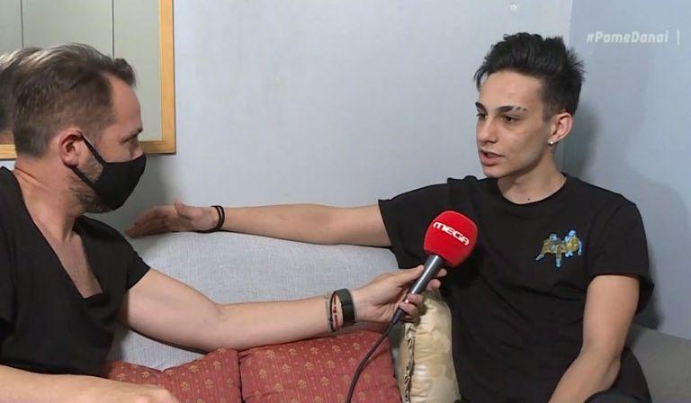 Νίκος Μπάρκουλης: «Δεν είπα πουθενά ότι μου κατέστρεψε ο μπαμπάς μου τη ζωή»   to10.gr