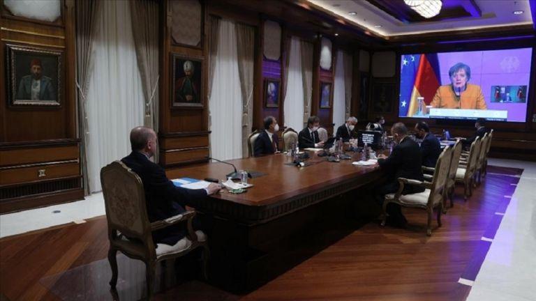 Ερντογάν σε Μέρκελ: Η Ελλάδα συνεχίζει τις προκλητικές ενέργειες | to10.gr
