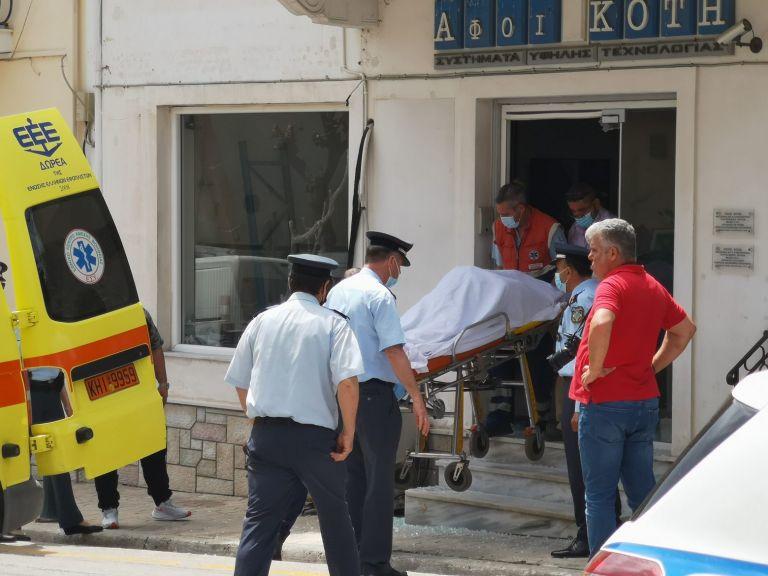 Ενέδρα θανάτου στη Ζάκυνθο: Νεκρός επιχειρηματίας ένα χρόνο μετά τη δολοφονία της συζύγου του (pics+vids)   to10.gr