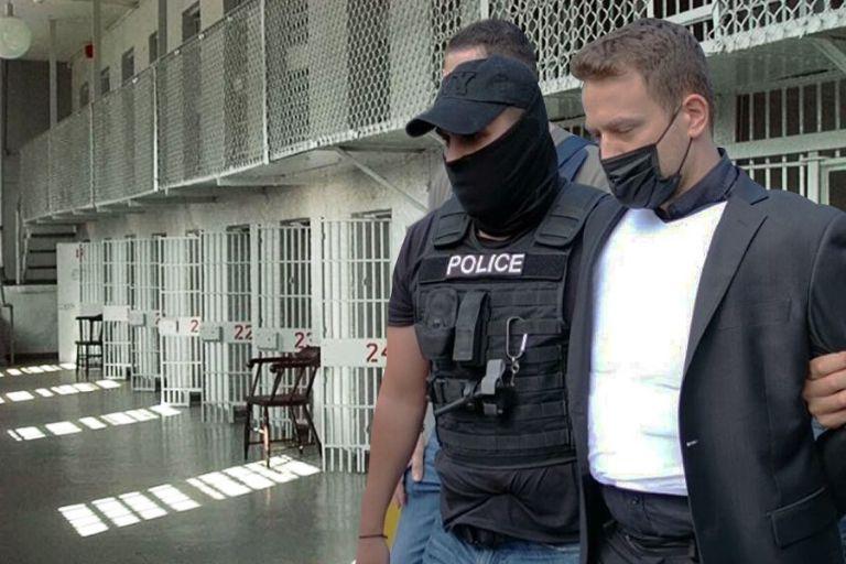 Αποκαλύψεις για το έγκλημα στα Γλυκά Νερά – Ψάχνουν συνεργό του συζυγοκτόνου – Νέο στοιχείο – «φωτιά» | to10.gr