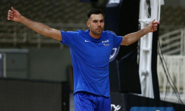 Σλούκας: «Είναι τιμή να βρίσκομαι στην Εθνική ομάδα» | to10.gr