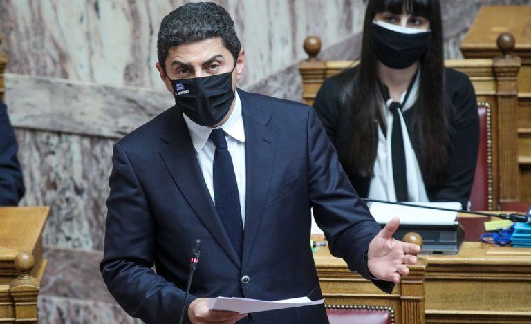 Ο Αυγενάκης παρουσιάζει το σχέδιο αναδιάρθρωσης στις δύο Λίγκες | to10.gr