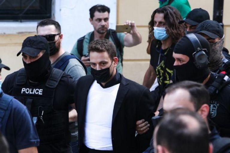 Δικηγόρος πιλότου: Ο Μπάμπης έδωσε το κινητό του στην αστυνομία 20 ημέρες μετά τη δολοφονία   to10.gr