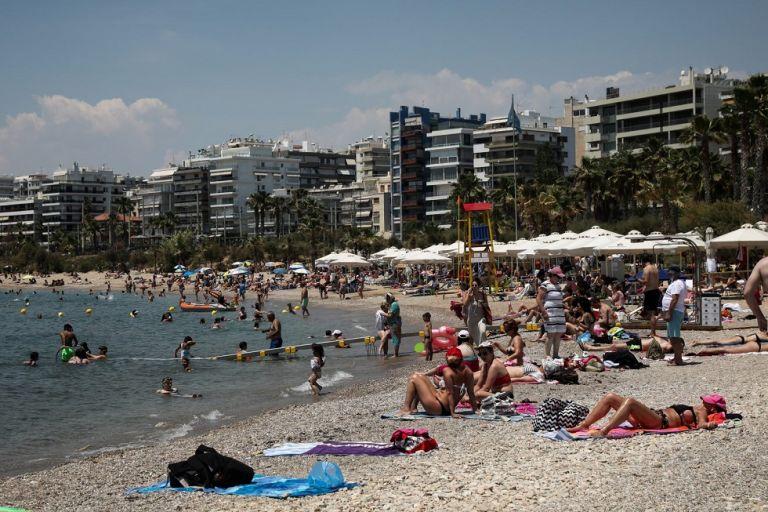 Έρχεται νέα χαλάρωση μέτρων – Τα «σχέδια» για λιανεμπόριο και τουρισμό | to10.gr
