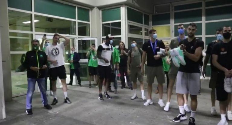 Παναθηναϊκός: Αποθέωση στο ΟΑΚΑ για τους παίκτες του Κάτας (vid)   to10.gr