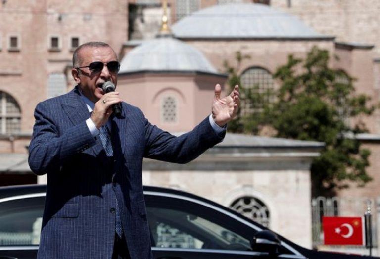 Τουρκία: «Αν λέτε ότι ο λαός πεινάει, να τους ταΐσετε εσείς» – Σάλος με τη δήλωση Ερντογάν   to10.gr