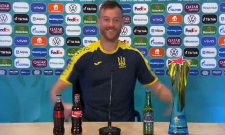Ο Γιαρμολένκο «τρόλαρε» τους Ρονάλντο – Πογκμπά, κάνοντας πρόταση χορηγίας σε Heineken και Coca Cola (vid)   to10.gr