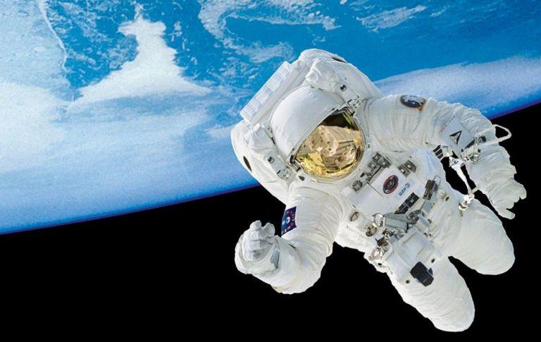 Σχεδόν 300 άτομα από την Ελλάδα υπέβαλαν υποψηφιότητα για αστροναύτες   to10.gr