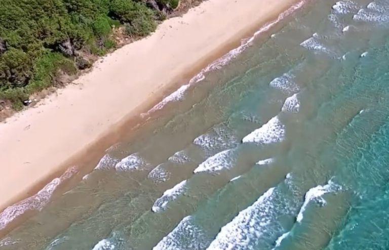 Αυτή είναι η ελληνική παραλία που λατρεύουν οι ξένοι, αλλά δεν γνωρίζουν οι περισσότεροι Έλληνες | to10.gr