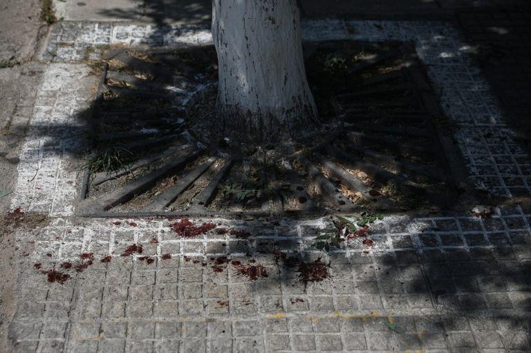 Επίθεση με μαχαίρι στου Ζωγράφου: Οι πρώτες εικόνες μετά το αιματηρό επεισόδιο | to10.gr