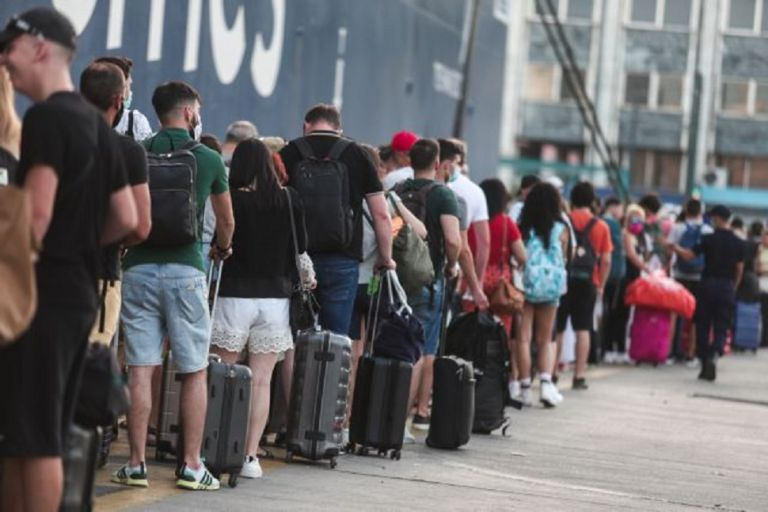 Κορωνοϊός – Συναγερμός για την κορύφωση της πανδημίας – Ξεφεύγει η κατάσταση στα νησιά | to10.gr
