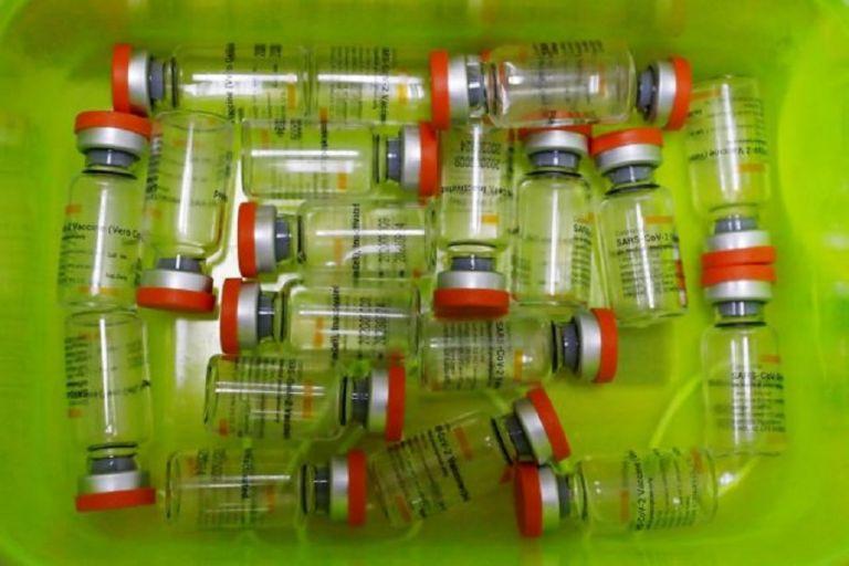 Να μην κυριαρχήσει ο φόβος – το εμβόλιο παραμένει η λύση | to10.gr