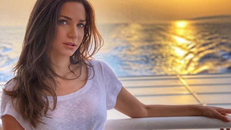 Κατερίνα Γερονικολού: Θα τα χάσετε με αυτές τις φωτογραφίες της με μπικίνι – Αντέχετε; | to10.gr