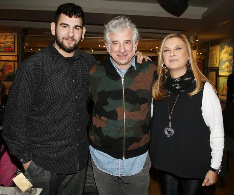 Στα κάγκελα ο Φιλιππίδης – «Θα αυτοκτονήσω, θέλω να δω τη γυναίκα και το γιο μου»   to10.gr