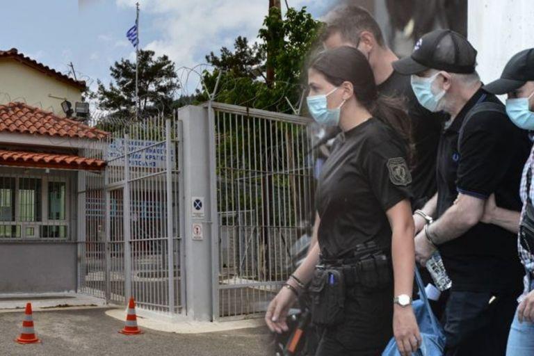 Φιλιππίδης: Από το «παλάτι» του Ψυχικού στο κελί της Τρίπολης με «συγκατοίκους» παιδεραστές και βιαστές | to10.gr