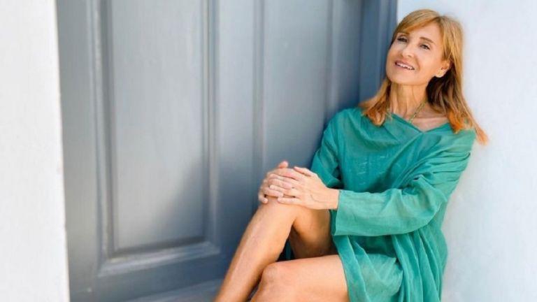 Κουκλάρα στα 56 της η Μάρα Ζαχαρέα – «Καυτή» φωτογραφία της παρουσιάστριας με μπικίνι | to10.gr